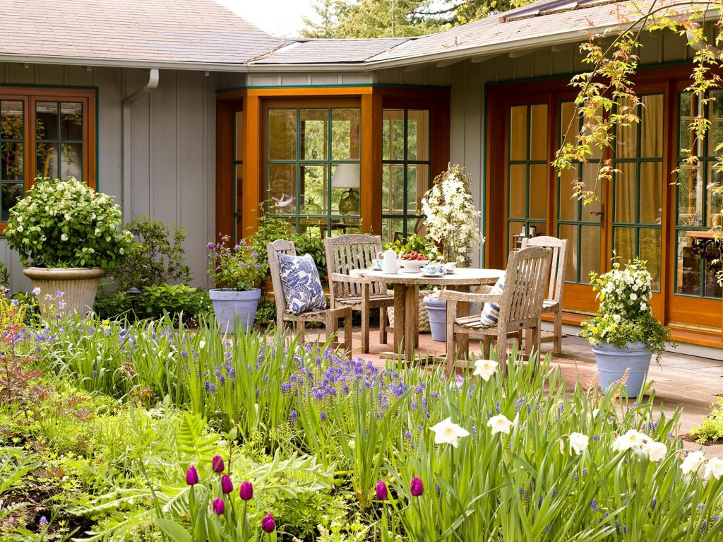 Tips to Design Good Patio Garden