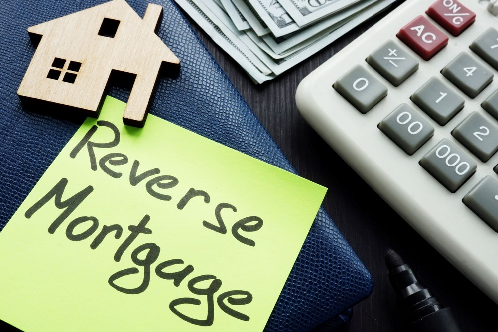 Can Life Annuities Make Reverse Mortgages More Attractive
