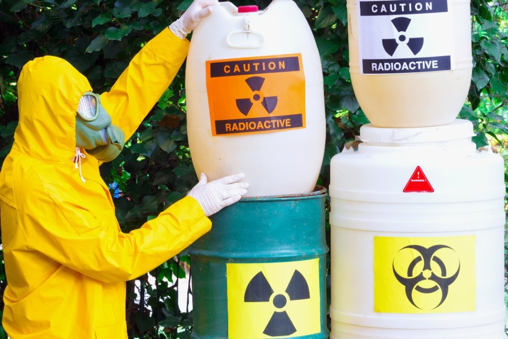 How to Dispose Dangerous Waste?