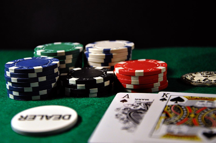 Choosing Easy Solutions for the online pokerNow