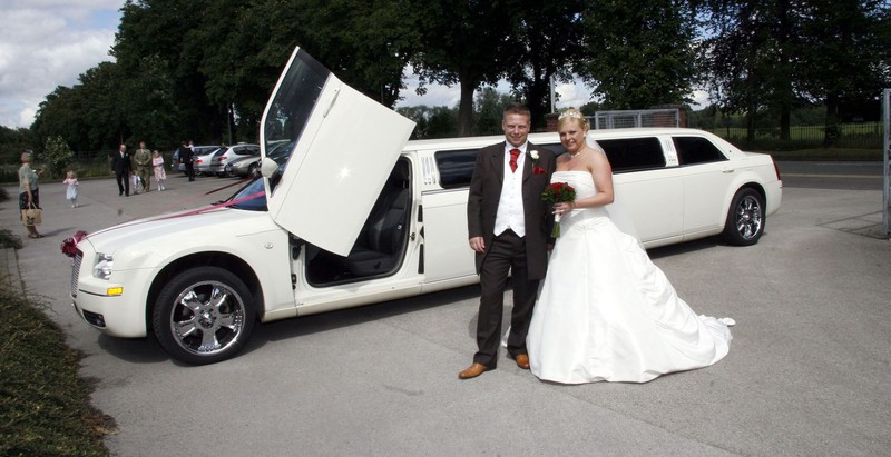 Whitby Wedding Limo Makes Your Wedding Special