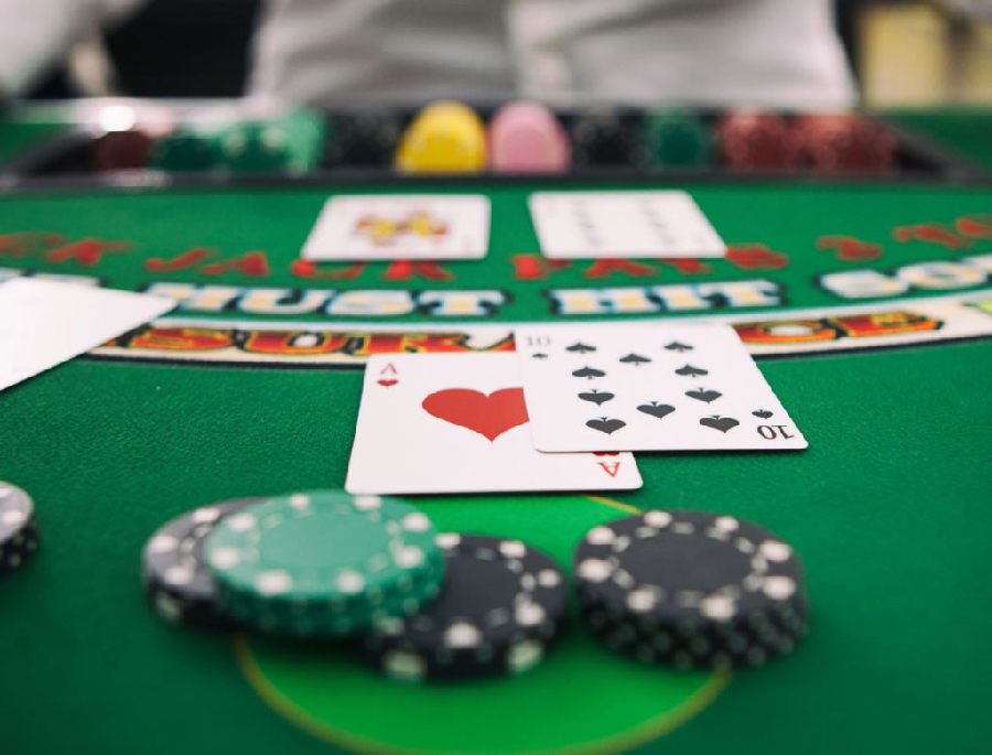 How to improve your gambling skills in Judi bola online?