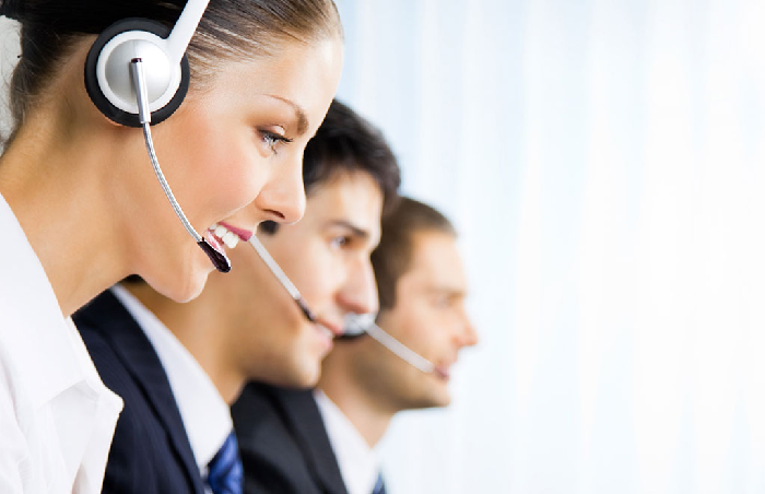 What features should you look for in a virtual reception service?