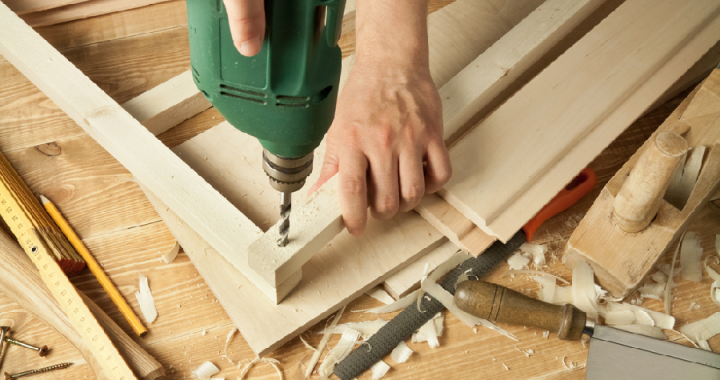 How to become an expert in carpentry